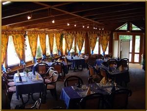 AubergeSobache_Restaurant_restaurant_resto1agr